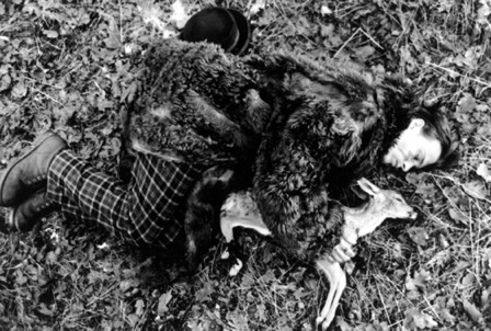 dead-man-1995-001-johnny-depp-with-baby-deer-00n-91h